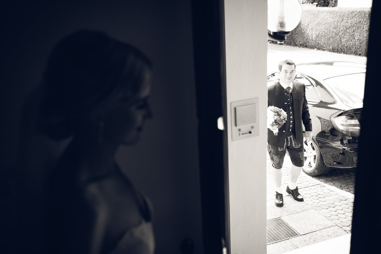 Lichtbetont Fotograf Hochzeit Hohenkammer - Schloss - Ingolstadt - Bayern - Augsburg - Neuburg - Eichstätt - Pfaffenhofen - bester Hochzeitsfotograf - Hochzeitsfotos Altmühltal - Ilm_0002