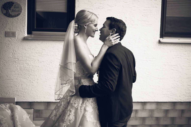 Lichtbetont Fotograf Hochzeit Hohenkammer - Schloss - Ingolstadt - Bayern - Augsburg - Neuburg - Eichstätt - Pfaffenhofen - bester Hochzeitsfotograf - Hochzeitsfotos Altmühltal - Ilm_0004