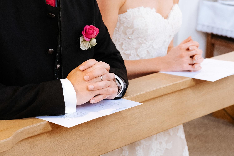 Lichtbetont Fotograf Hochzeit Hohenkammer - Schloss - Ingolstadt - Bayern - Augsburg - Neuburg - Eichstätt - Pfaffenhofen - bester Hochzeitsfotograf - Hochzeitsfotos Altmühltal - Ilm_0019