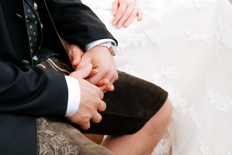 Lichtbetont Fotograf Hochzeit Hohenkammer - Schloss - Ingolstadt - Bayern - Augsburg - Neuburg - Eichstätt - Pfaffenhofen - bester Hochzeitsfotograf - Hochzeitsfotos Altmühltal - Ilm_0021
