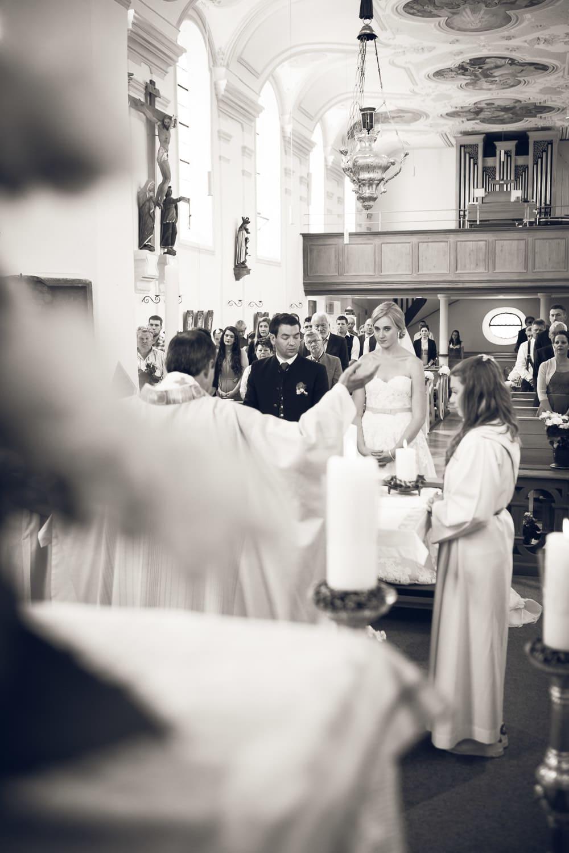 Lichtbetont Fotograf Hochzeit Hohenkammer - Schloss - Ingolstadt - Bayern - Augsburg - Neuburg - Eichstätt - Pfaffenhofen - bester Hochzeitsfotograf - Hochzeitsfotos Altmühltal - Ilm_0022