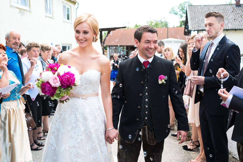 Lichtbetont Fotograf Hochzeit Hohenkammer - Schloss - Ingolstadt - Bayern - Augsburg - Neuburg - Eichstätt - Pfaffenhofen - bester Hochzeitsfotograf - Hochzeitsfotos Altmühltal - Ilm_0025
