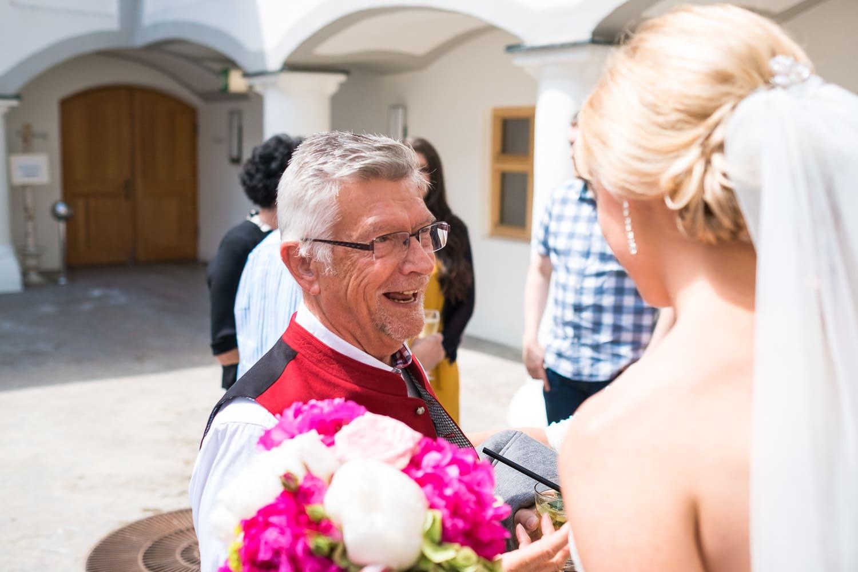 Lichtbetont Fotograf Hochzeit Hohenkammer - Schloss - Ingolstadt - Bayern - Augsburg - Neuburg - Eichstätt - Pfaffenhofen - bester Hochzeitsfotograf - Hochzeitsfotos Altmühltal - Ilm_0027