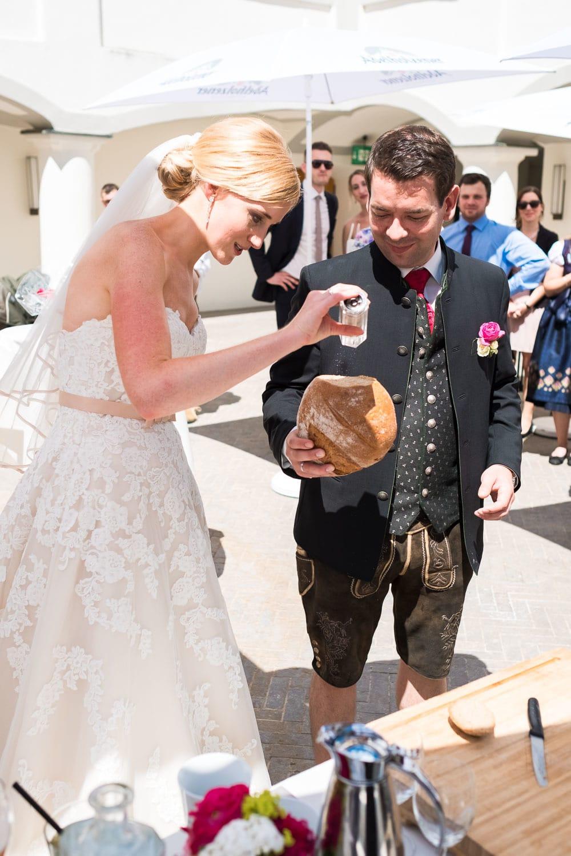 Lichtbetont Fotograf Hochzeit Hohenkammer - Schloss - Ingolstadt - Bayern - Augsburg - Neuburg - Eichstätt - Pfaffenhofen - bester Hochzeitsfotograf - Hochzeitsfotos Altmühltal - Ilm_0032