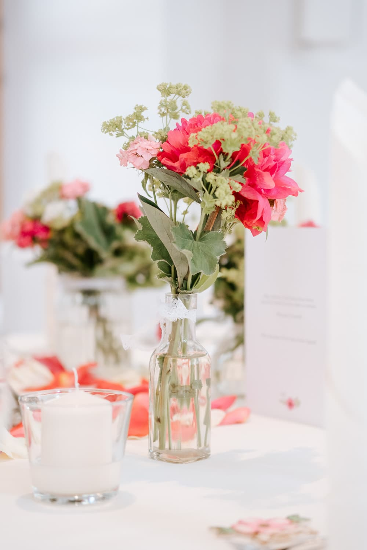 Lichtbetont Fotograf Hochzeit Hohenkammer - Schloss - Ingolstadt - Bayern - Augsburg - Neuburg - Eichstätt - Pfaffenhofen - bester Hochzeitsfotograf - Hochzeitsfotos Altmühltal - Ilm_0041