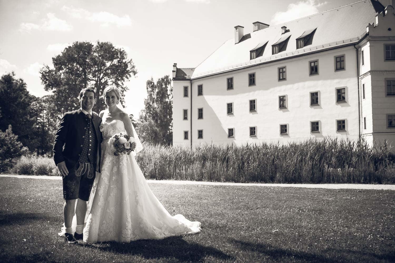 Lichtbetont Fotograf Hochzeit Hohenkammer - Schloss - Ingolstadt - Bayern - Augsburg - Neuburg - Eichstätt - Pfaffenhofen - bester Hochzeitsfotograf - Hochzeitsfotos Altmühltal - Ilm_0042