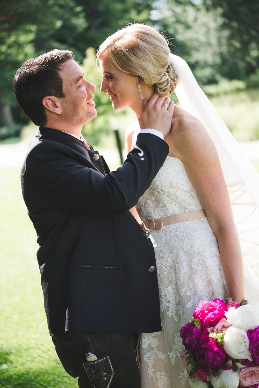 Lichtbetont Fotograf Hochzeit Hohenkammer - Schloss - Ingolstadt - Bayern - Augsburg - Neuburg - Eichstätt - Pfaffenhofen - bester Hochzeitsfotograf - Hochzeitsfotos Altmühltal - Ilm_0043