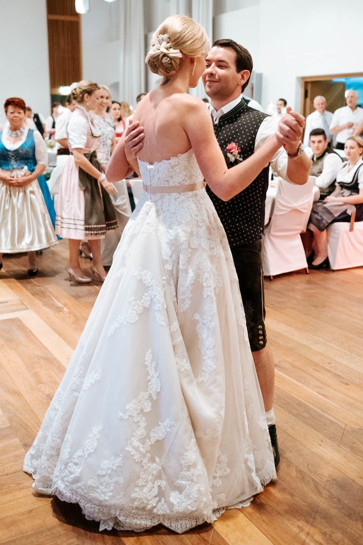 Lichtbetont Fotograf Hochzeit Hohenkammer - Schloss - Ingolstadt - Bayern - Augsburg - Neuburg - Eichstätt - Pfaffenhofen - bester Hochzeitsfotograf - Hochzeitsfotos Altmühltal - Ilm_0057