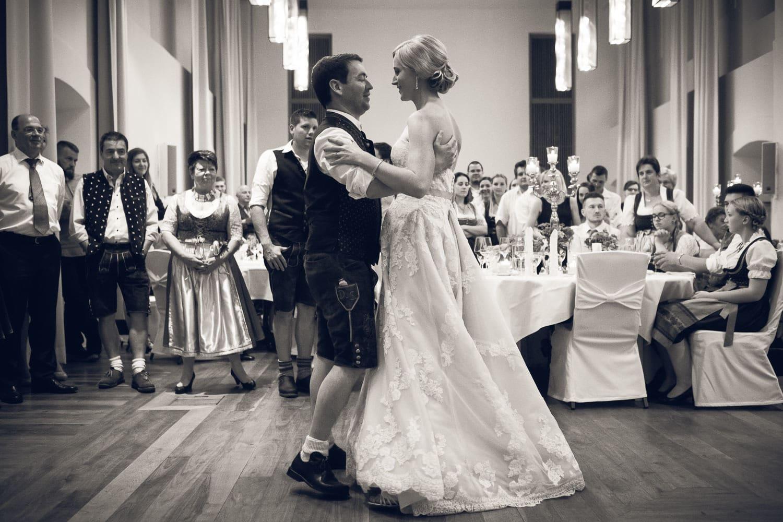 Lichtbetont Fotograf Hochzeit Hohenkammer - Schloss - Ingolstadt - Bayern - Augsburg - Neuburg - Eichstätt - Pfaffenhofen - bester Hochzeitsfotograf - Hochzeitsfotos Altmühltal - Ilm_0058