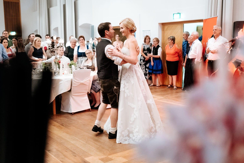 Lichtbetont Fotograf Hochzeit Hohenkammer - Schloss - Ingolstadt - Bayern - Augsburg - Neuburg - Eichstätt - Pfaffenhofen - bester Hochzeitsfotograf - Hochzeitsfotos Altmühltal - Ilm_0059