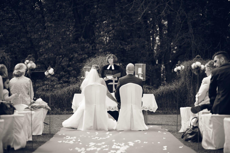 Hochzeitsreportage - Schloss Oberndorf Hochzeitsfotos Augsburg Hochzeitsfotograf Donauwörth Fotograf_0040