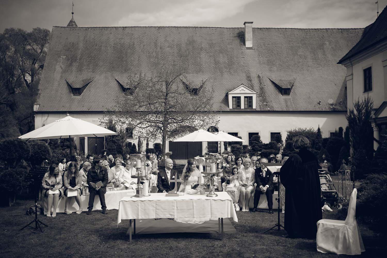 Hochzeitsreportage - Schloss Oberndorf Hochzeitsfotos Augsburg Hochzeitsfotograf Donauwörth Fotograf_0046