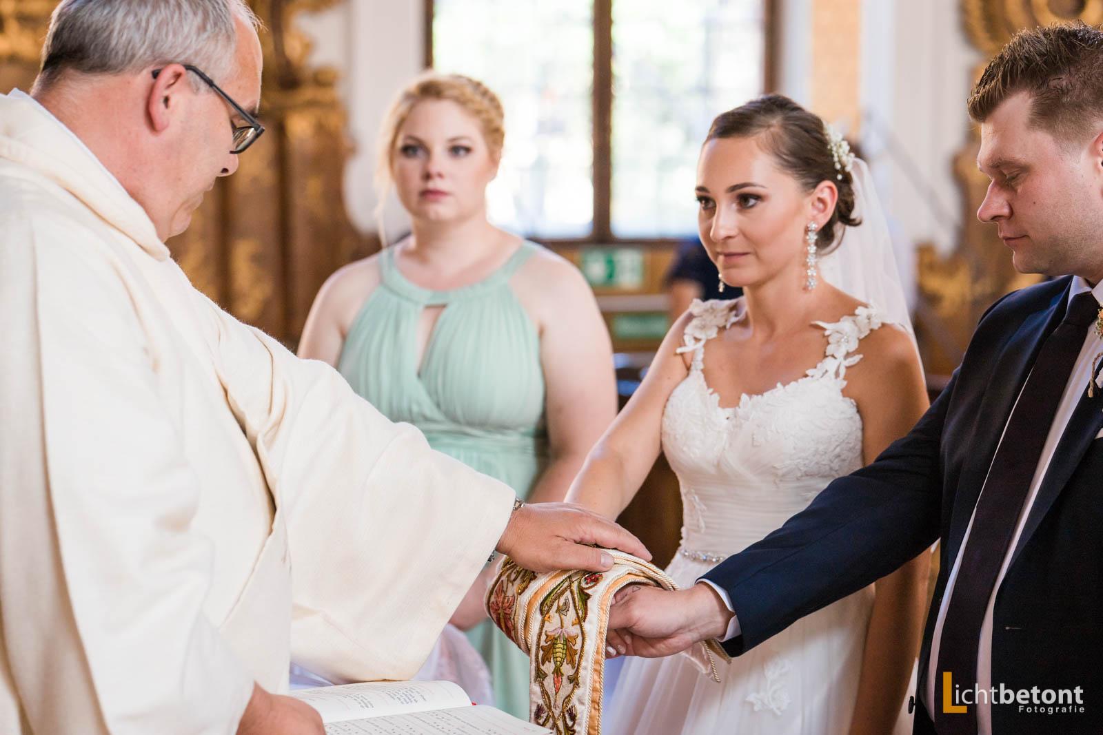 Hochzeitsreportage Seehaus Asam Kirche Ingolstadt Barocksaal Baggersee heiraten Hochzeitsfeier_0037